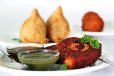 Free Indian Deep Fried Snack Cutlet Made Of Potatoes Stock Photography - 24074742