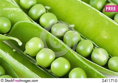 Free Peas_02 Stock Photo - 2411710