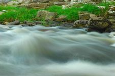 River Rushing Royalty Free Stock Photos