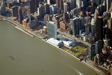 Free United Nations Headquarters Royalty Free Stock Image - 2413776