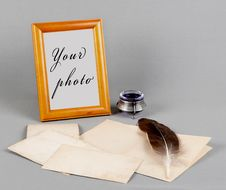 Free Wooden Frame And Old Photo, Feather And Inks Stock Images - 24103144