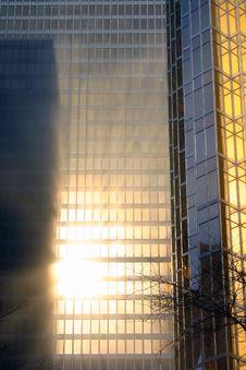 Free Gold Skyscraper In The Fog Stock Photos - 24121213
