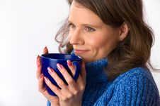 Free Caucasian Woman Holding Teacup Royalty Free Stock Photography - 24145197