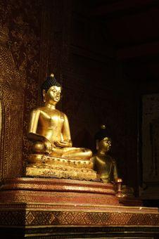 Free Phra Singh Statue Of Viharn Lai Kam Stock Photo - 24147940