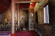Free Phra Singh Statue Of Viharn Lai Kam Royalty Free Stock Image - 24147996