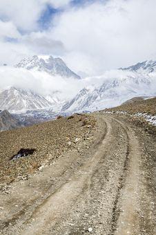 Free Trekking Road In Himalaya Royalty Free Stock Image - 24160436