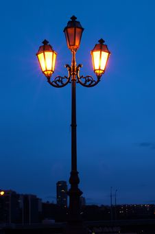 Free City Lamp At Night Stock Photography - 24174542