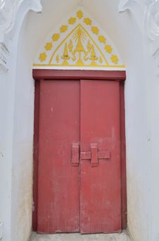 Free Old Woodden Temple Door Royalty Free Stock Photos - 24187868