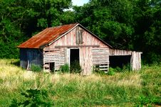Free Rustic Red And Gray Slatted Barn Royalty Free Stock Image - 24188186