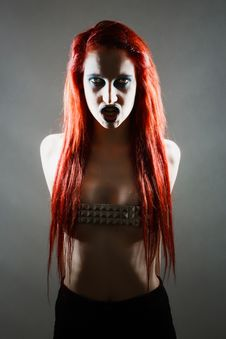 Free Expressive Gothic Woman With Artistic Makeup Royalty Free Stock Image - 24190066