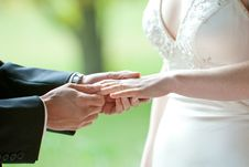 Free Wedding Ring Exchange Stock Photography - 24191582
