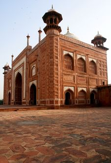 Free The Twin Mosque Of Taj Mahal Royalty Free Stock Photos - 24201498