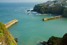 Free Harbour Walls Port Isaac Cornwall England UK Royalty Free Stock Photos - 24218018