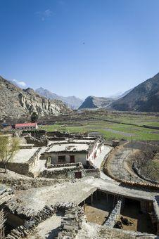 Free Small Village In Himalaya Mountains Royalty Free Stock Photos - 24226678