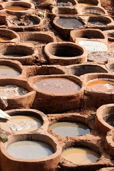 Free Tanneries Of Fes Royalty Free Stock Images - 24228019