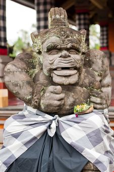 Free Statue Of Balinese Demon Royalty Free Stock Image - 24234376