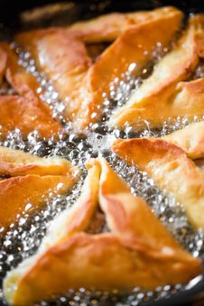 Free Frying Pies On Pan Stock Photos - 24246603