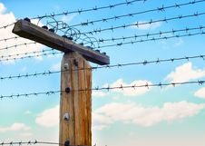 Free Post With Barbed Wire Stock Photography - 24253662