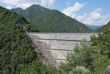 Free Valvestino Lake Dam Royalty Free Stock Photos - 24277218
