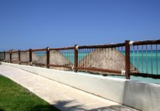 Free Sidewalk Overlooking The Ocean Royalty Free Stock Photography - 2436567