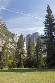 Free Yosemite Valley Stock Image - 2437071
