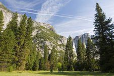 Free Yosemite In Spring Royalty Free Stock Photo - 2437085