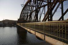 Free Metal Bridge Royalty Free Stock Photos - 24323408