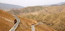 Free Winding Mountain Road Royalty Free Stock Photography - 24338677