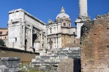 Free Ancient Ruins In Rome Royalty Free Stock Photos - 24351688