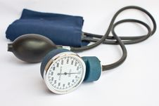 Free Medical Sphygmomanometer For Pressure Control Royalty Free Stock Images - 24353589