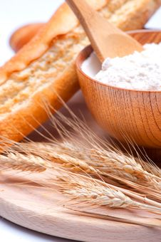 Free Wheat And Flour Royalty Free Stock Photo - 24372985