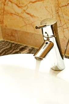 Free Faucet Stock Photo - 24377030