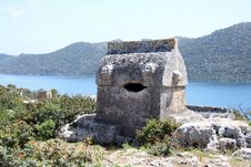 Free Lycian Tomb Royalty Free Stock Photos - 24382618