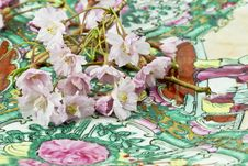 Free Cherry Blossoms On Asian Plate Royalty Free Stock Photos - 24384788
