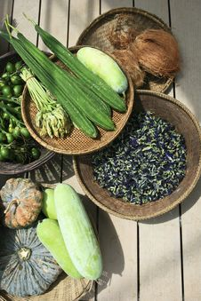 Free Vegetables On Market Table Stock Images - 24392804