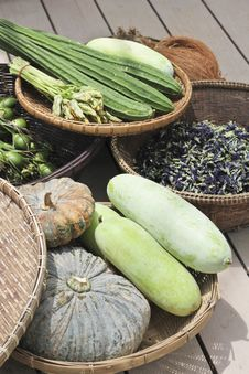 Free Vegetables On Market Table Stock Images - 24393024