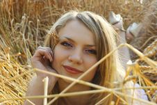Free Anna In Wheat Field 4 Royalty Free Stock Images - 2442939