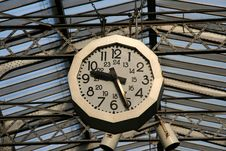 Free Railway Station Clock Stock Images - 2444424