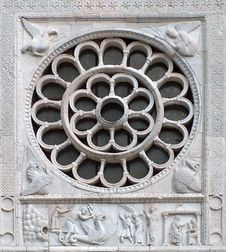Free Medieval Rose Window Stock Images - 2446224