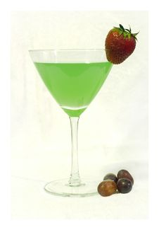 Free Green Cocktail With Strawberry Stock Images - 2449494
