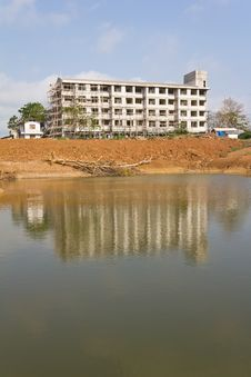 Free Many Buildings On The Pond. Royalty Free Stock Photography - 24406347