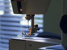 Free Sewing Machine Royalty Free Stock Photo - 24423435