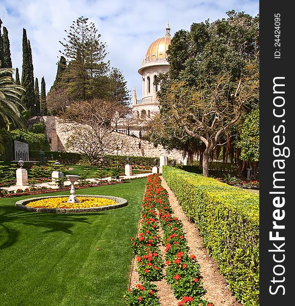 Bahai temple dome in israel