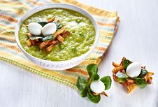 Green Broccoli Pea Soup