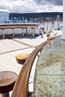 Free Cup Of Ice Cream In An Outdoor Cafe Royalty Free Stock Photo - 24450135