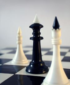 Free Chess In Its Contrast Royalty Free Stock Photography - 24463797