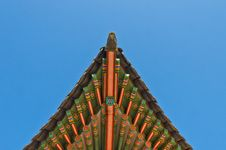 Free Ancient Korean Style End Roof Decorative Ornament Royalty Free Stock Images - 24469189
