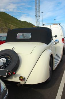 Free Sleek Vintage Car. Stock Photography - 2453242