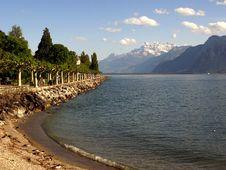 Lake Geneva And Dents Du Midi Royalty Free Stock Images