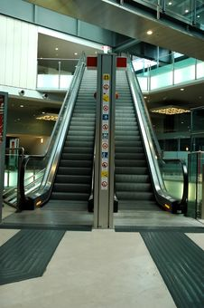 Free Escalator Stock Photo - 2454150